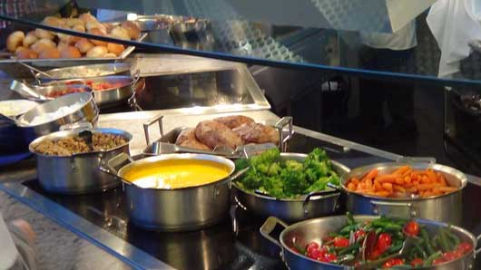 Chef Mickey's Fun Time Buffet at Disney's Contemporary ...