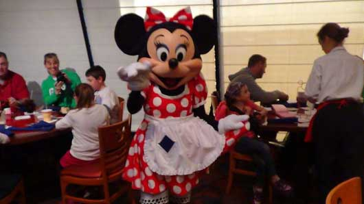 Disney Character Dining 1