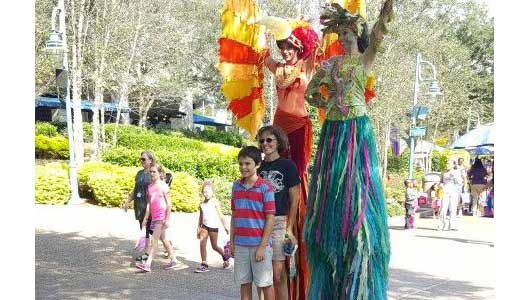 There are even some very tall characters at SeaWorld for Halloween Spooktacualr. #SeaWorldSpooktacular