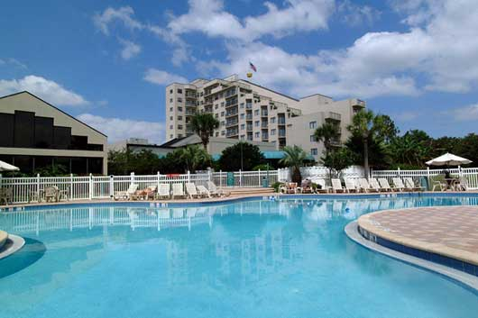 2 bedroom apartment near universal studios with free