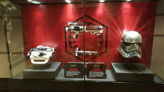 Take a look at every item showcased at Star Wars Launch Bay because there are more than a few cool items displayed. Weapons, costumes and other technology is abundant throughout. #StarWarsLaunchBay