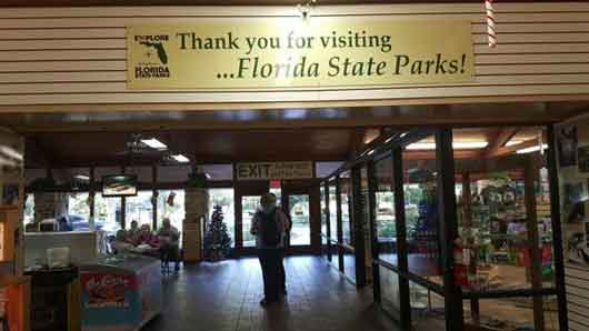 After spending a few hours at the Homosassa Wildlife Park thank the park staff and many volunteers before heading back to Orlando. The entrance fees go towards the care and preservation of the park lands and its animals. #FloridaManatees