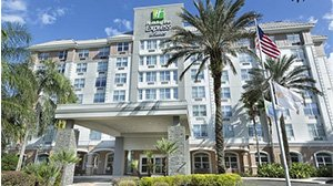 Holiday Inn Express Suites Package With Ticket Incentives